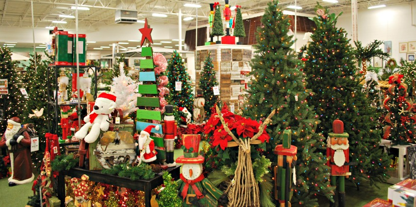 christmas holiday decorations at turner ace hardware